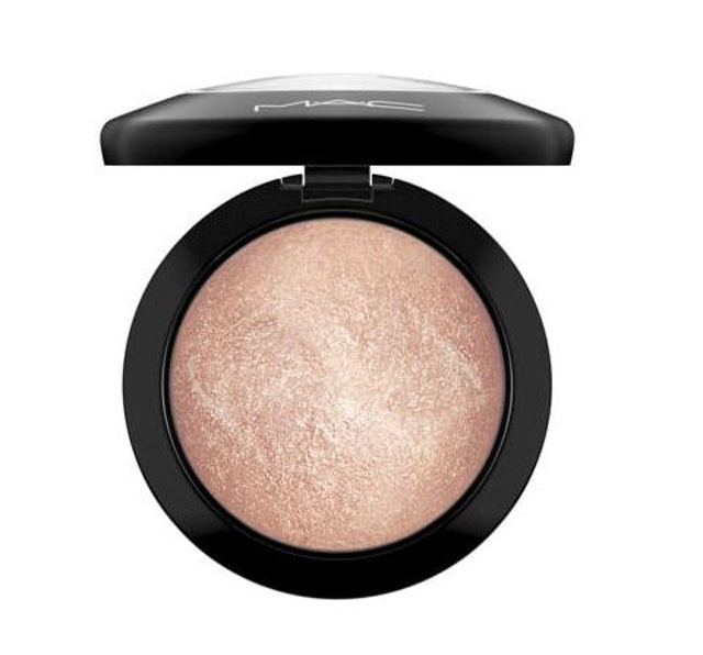 MAC MINERALIZE SKINFINISH 1