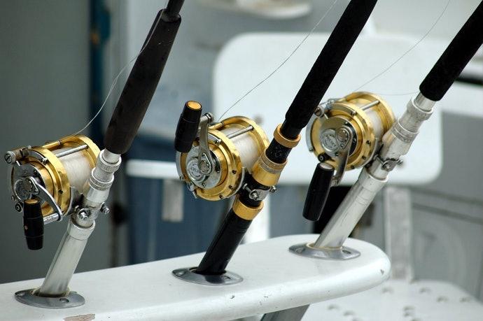 ตรวจสอบอัตราส่วนเกียร์ของรอกตกปลา