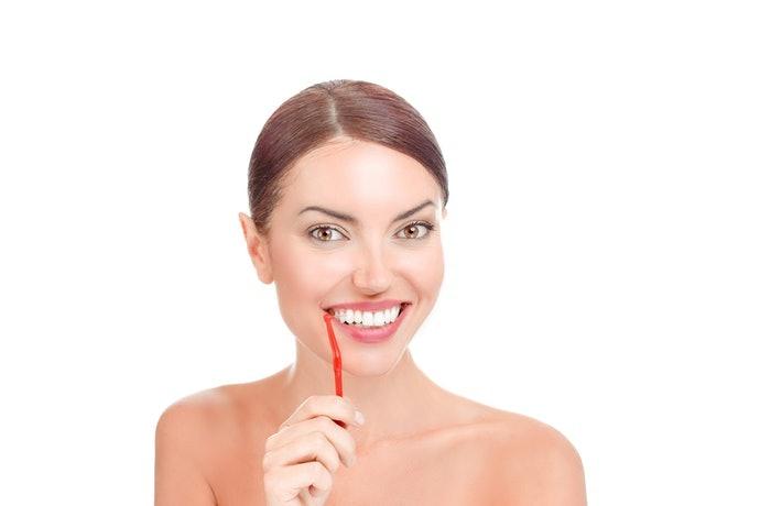 แปรงซอกฟันขนาด SS – M เหมาะกับช่องว่างระหว่างฟันกรามที่กว้างไม่เกิน 1.5 มิลลิเมตร
