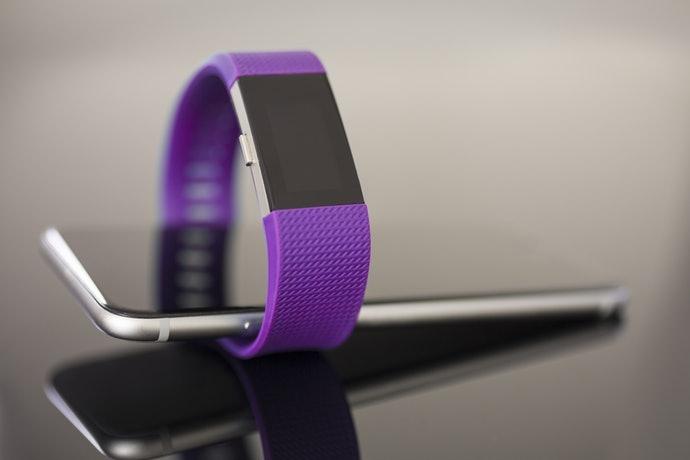 Fitbit คืออะไรและแตกต่างจากยี่ห้ออื่นอย่างไร