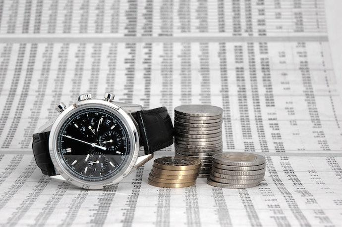 ตรวจสอบราคาซื้อ-ขายนาฬิการุ่นนั้น ๆ ในปัจจุบันก่อนการลงทุน