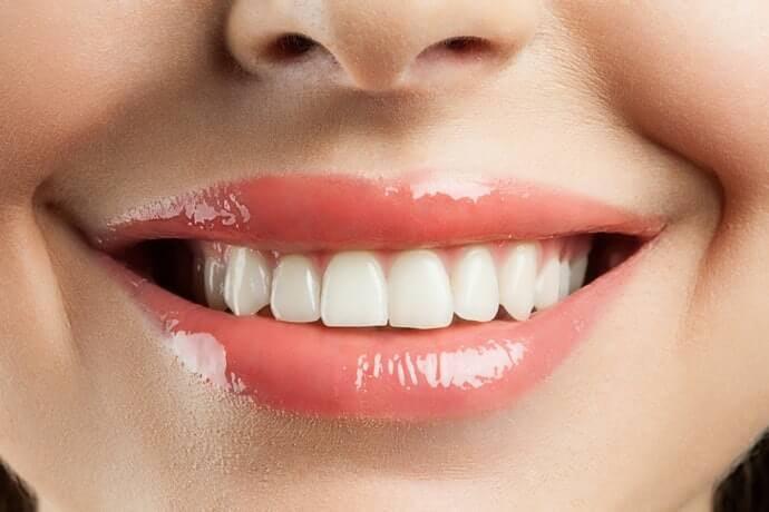 ไฮดรอกซีอะพาไทต์:ป้องกันการเกาะติดของสิ่งสกปรก ช่วยให้ฟันสวยเงางาม