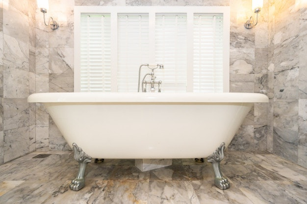 อ่างอาบน้ำแบบลอยตัว (Freestanding Bathtubs)