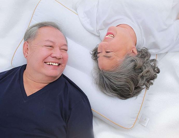 หมอนเว้าหรือลอนตรงกลาง สำหรับผู้ที่นอนตกหมอนเป็นประจำ