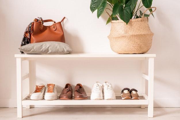วิธีขจัดกลิ่นรองเท้าภายในบ้าน