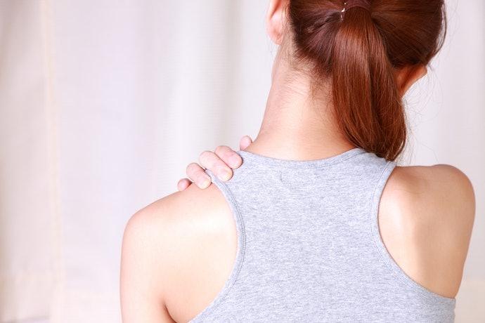การยืดกล้ามเนื้อก่อนนอนก็ช่วยแก้ปัญหาปวดไหล่ได้