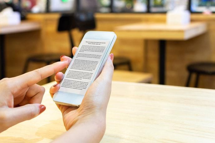 นิยายยูริรูปแบบ E-book : อ่านได้ง่ายดายและสะดวกทุกที่ ตอบโจทย์คนรุ่นใหม่