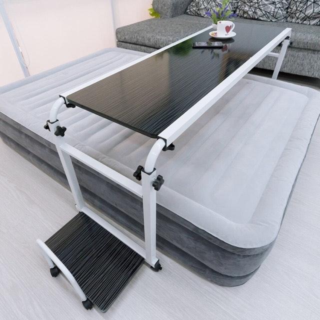 โต๊ะคร่อมเตียง พื้นที่กว้าง ใช้พยาบาลคนป่วยได้เป็นอย่างดี