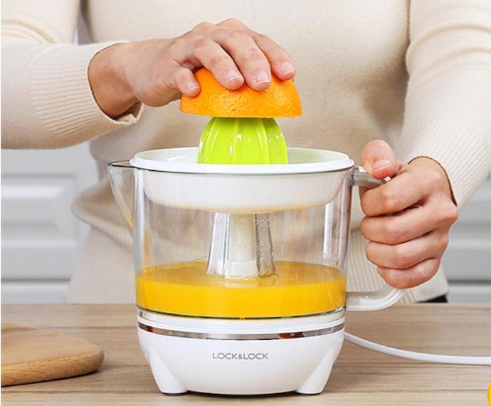 เครื่องคั้นน้ำส้มแบบใช้มือ ขนาดกะทัดรัด ใช้งานง่าย