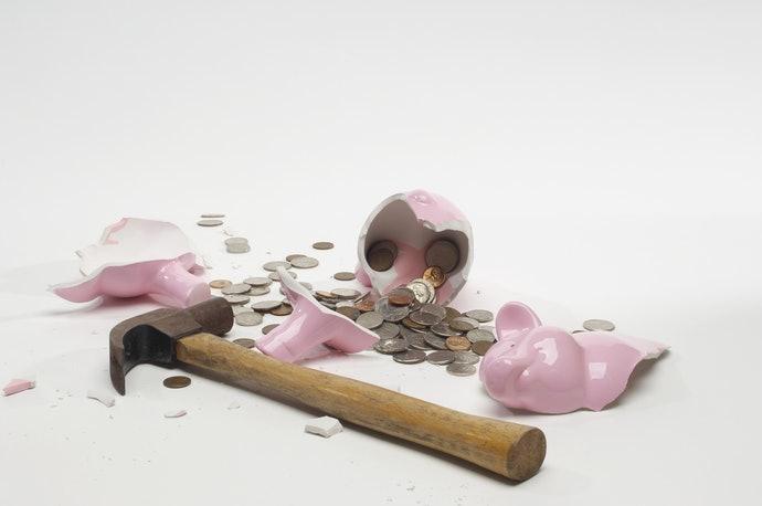 เน้นออมเงินจริงจัง ควรเลือกกระปุกออมสินที่เปิดยาก