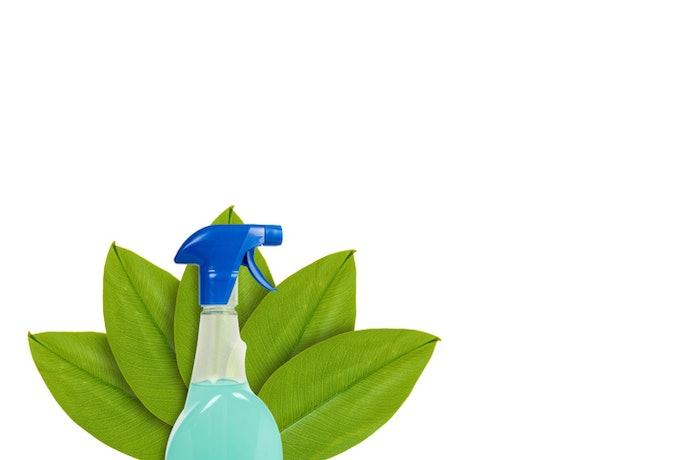 เลือกสเปรย์ดับกลิ่นจากสารสกัดธรรมชาติ สำหรับบ้านที่มีเด็กและสัตว์เลี้ยง