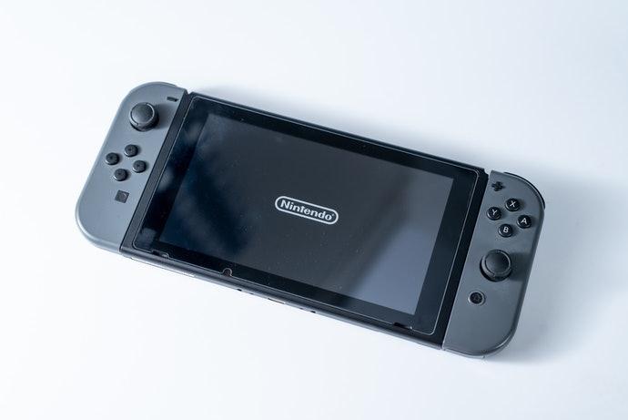 ถ้าชอบเล่นที่บ้าน ให้เลือกเกมที่รองรับบนเครื่องเกม PS4, Nintendo Switch, PC