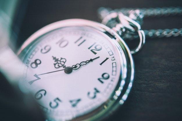 เลือกนาฬิกาจับเวลาที่ใช้งานง่าย หน้าจอมองเห็นชัดหรือมีเสียงเตือน