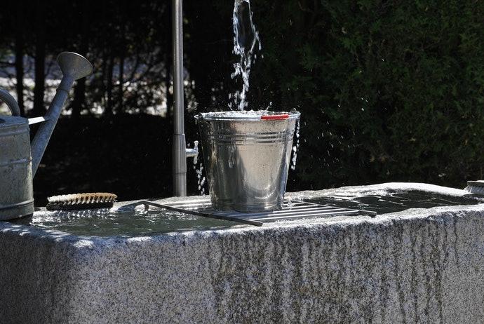 ถังเก็บน้ำขนาดเล็กสำหรับใช้ภายในบ้าน