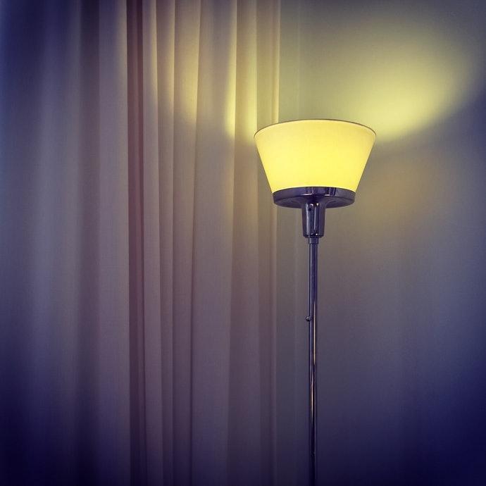 โคมไฟแบบอัพไลท์