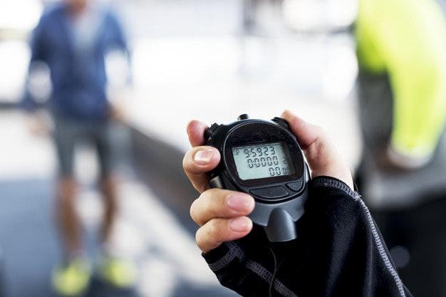 นาฬิกาจับเวลาสำหรับนักกีฬาหรือการออกกำลังกาย