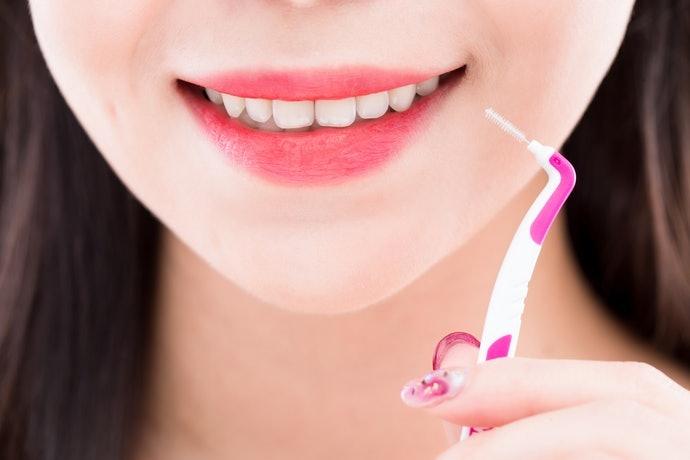 แปรงซอกฟันขนาด SSS เล็กสุด ใช้งานได้ทั่วไป เหมาะกับผู้เริ่มใช้