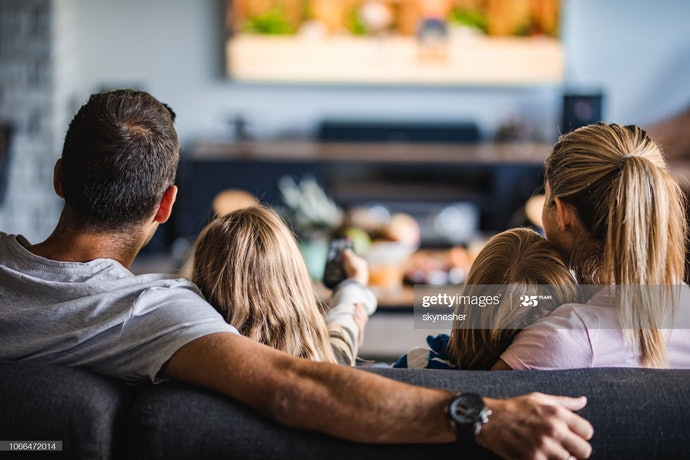 ควรกะระยะห่างในการวางโซฟาอย่างไร ให้เหมาะสมกับการดูทีวี