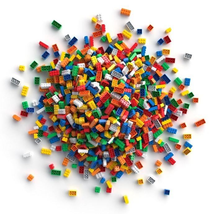 """เลือก """"LEGO Classic"""" หรือ """"LEGO City"""" ให้เด็กวัย 5 ขวบขึ้นไป"""