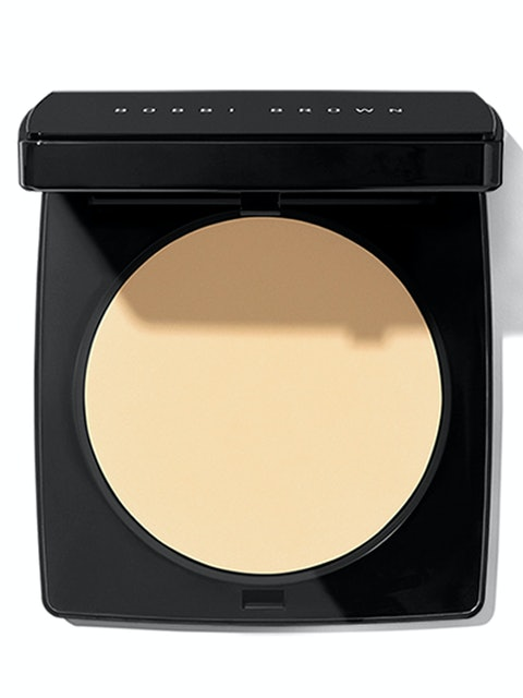 Bobbi Brown Sheer Finish Pressed Powder 1