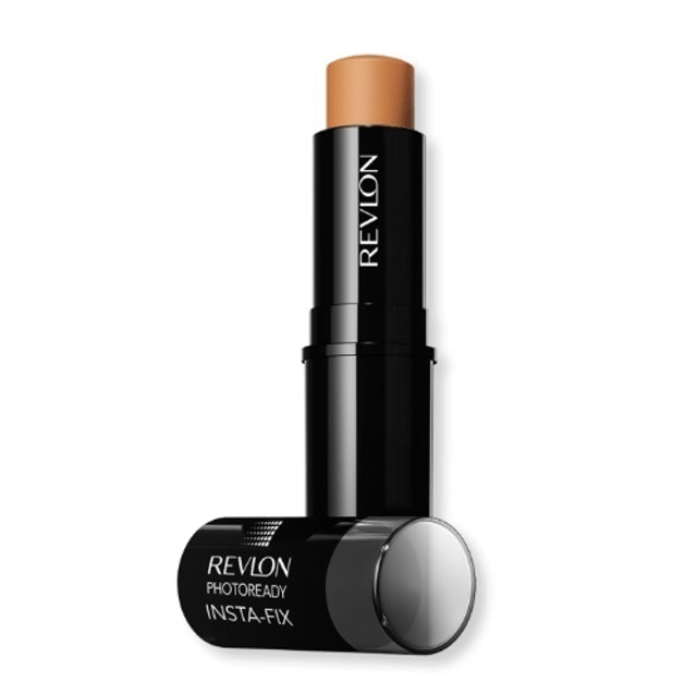 Revlon  Photoready Insta-Fix Makeup  1