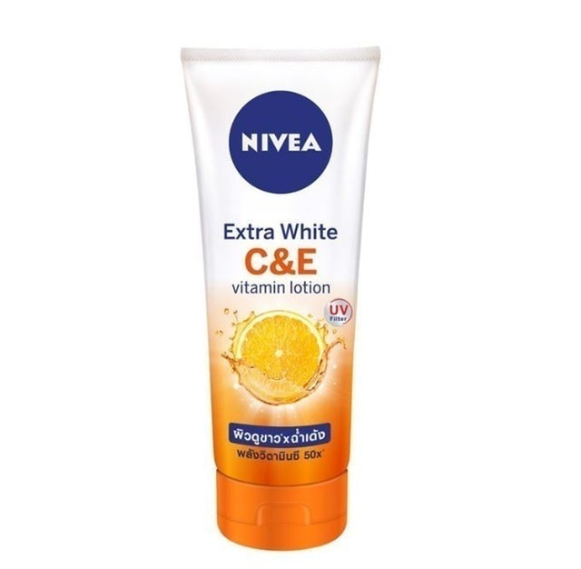 NIVEA Extra White C and E Vitamin Lotion  1