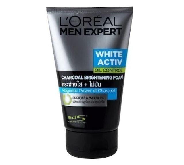 L'ORÉAL PARIS สกินแคร์ผู้ชาย รุ่น Men Expert White Active Oil Control Charcoal Brightening Foam 1
