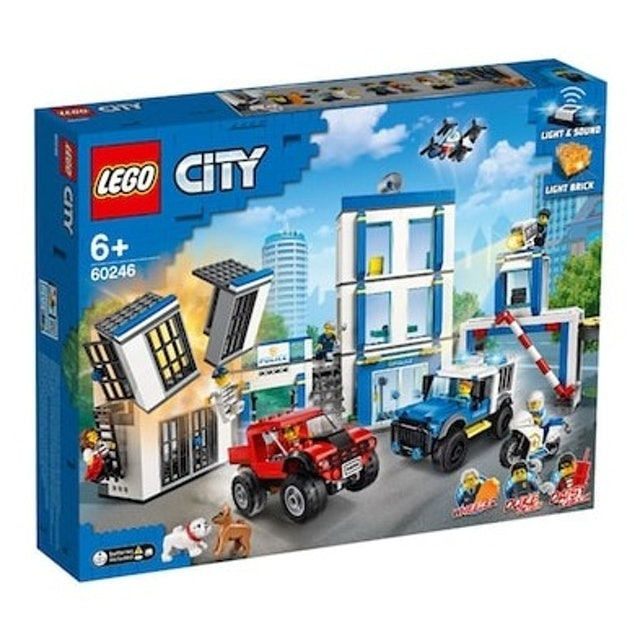 LEGO ตัวต่อเสริมทักษะสำหรับเด็ก City Police Station 1