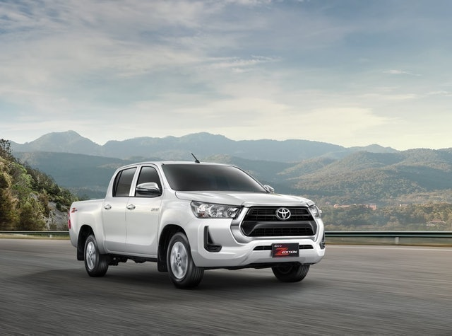 TOYOTA  รถกระบะ Hilux Revo Double Cab Z-Edition 2.4 MID AT 1