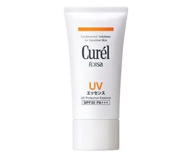 Curel  UV Protection Essence SPF30 PA+++ 1
