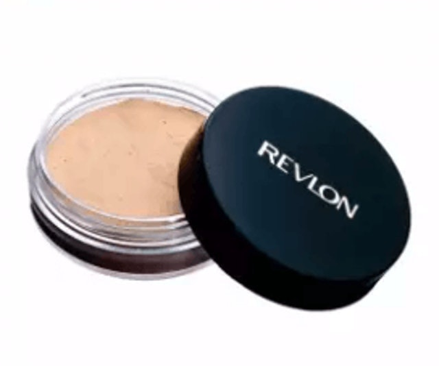 Revlon  Touch & Glow Extra Moisturizing Face Powder 1