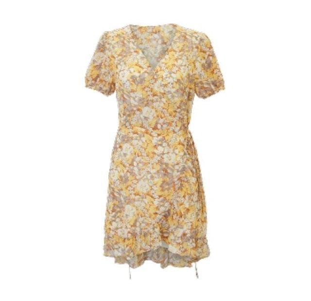 Pomelo ชุดไปทะเลผู้หญิง Flower Print Wrap Dress 1