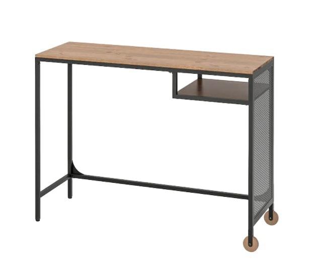 IKEA โต๊ะทำงาน รุ่น FJÄLLBO ฟแยลบู 1