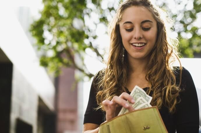 เลือกซื้อรุ่นที่ราคาสมเหตุสมผล สามารถซื้อใช้ต่อได้ในระยะยาว