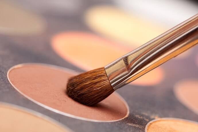 คอนซีลเลอร์ชนิดพาเลท (Palette) สำหรับคนที่ต้องการใช้งานหลายโทนสี