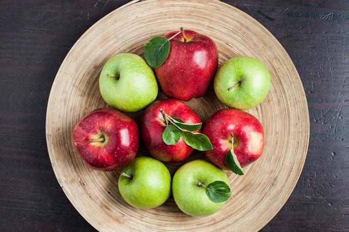 เลือกตะกร้าผลไม้ที่มีรูปร่างแบน