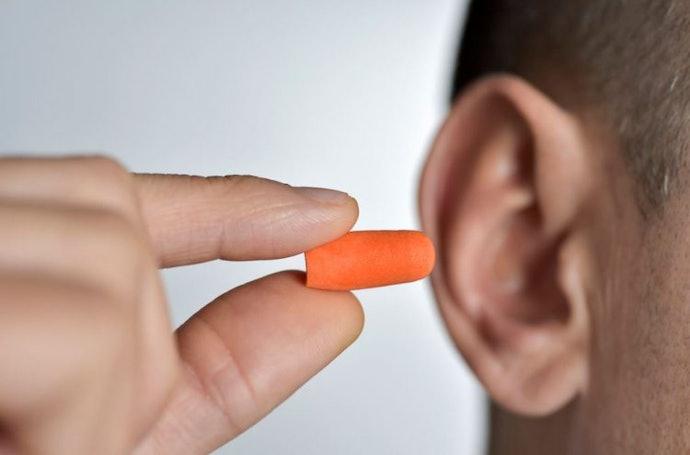 ประเภทฟองน้ำ : ใช้งานง่าย ใส่สบาย ไม่เจ็บหู