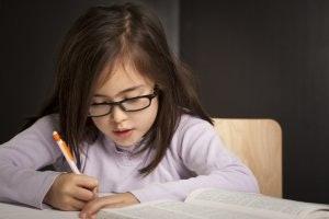 """เขียนรายงานหลายสิบหน้าต้อง """"ไส้ดินสอขนาดเล็ก"""""""